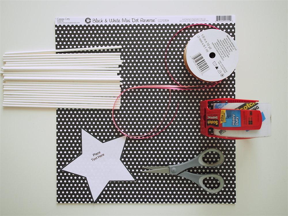材料:色画用紙(厚紙)、ハサミ、リボン、スティック、テープ、星テンプレート