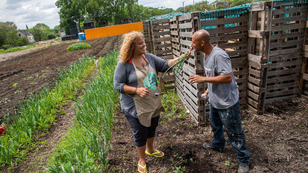 Erika Allen, co-founder and CEO of Urban Growers Collective at the South Chicago Farm in Schafer Park. (Zbigniew Bzdak / Chicago Tribune)