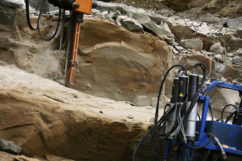 HuttonStone_050_Oct10_PictorialPhotographyPictorialPhotography_Commercial.jpg