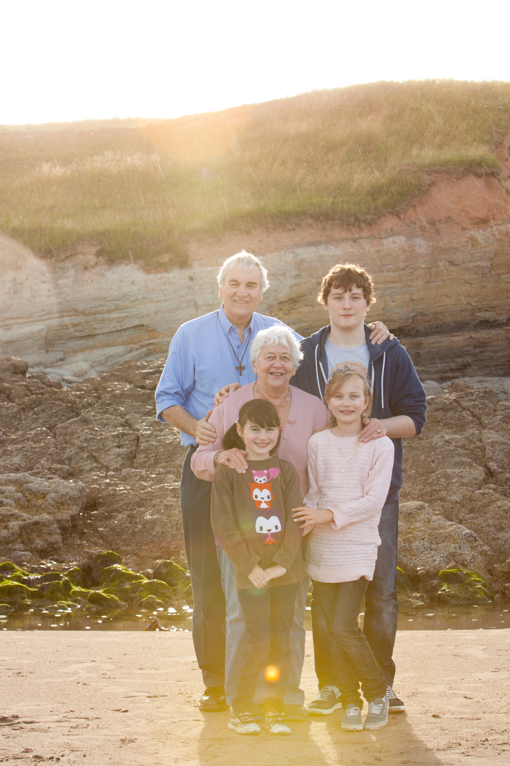 PICTORIAL_BERWICK_family-portrtait-beach-rainbow-sunshine-rain-love-1239.jpg