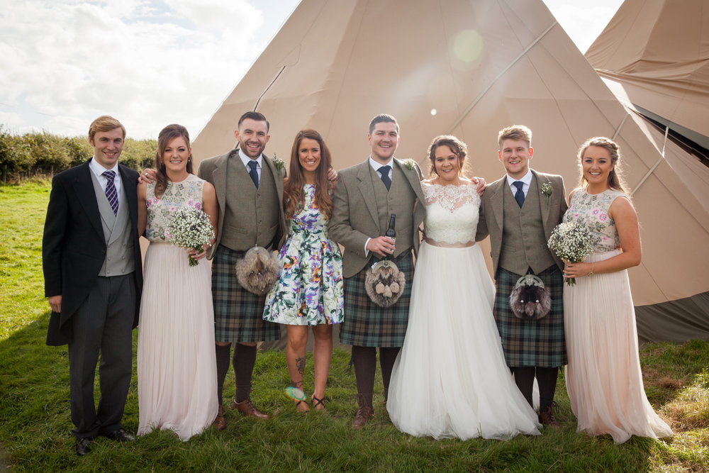 PICTORIAL_BERWICK_wedding_bamburgh_castle_tipi_farm_rodgersons_-2047.jpg