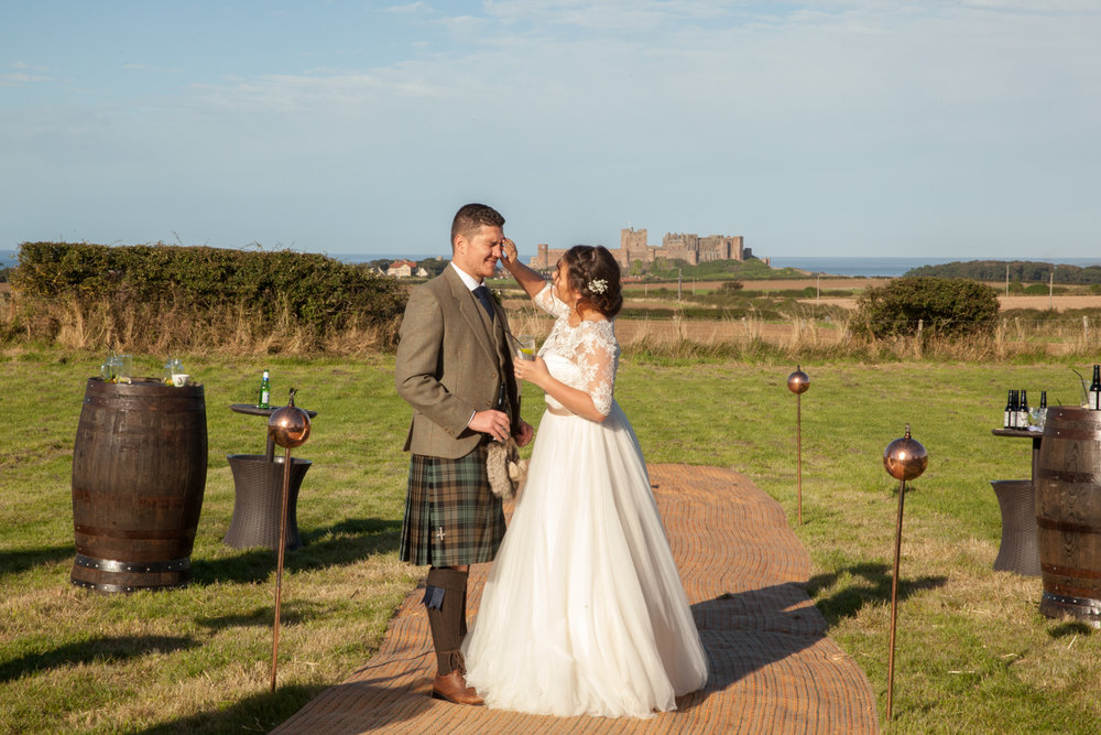 PICTORIAL_BERWICK_wedding_bamburgh_castle_tipi_farm_rodgersons_-2196.jpg