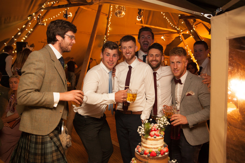 PICTORIAL_BERWICK_wedding_bamburgh_castle_tipi_farm_rodgersons_-5635.jpg