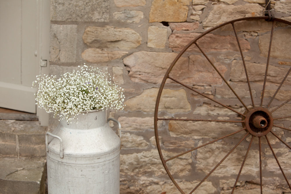 WEDDING_PICTORIAL_DOXFORD_BARNS_ALNWICK_BERWICK_SEASIDE_BUNTING_FARM-0460.jpg