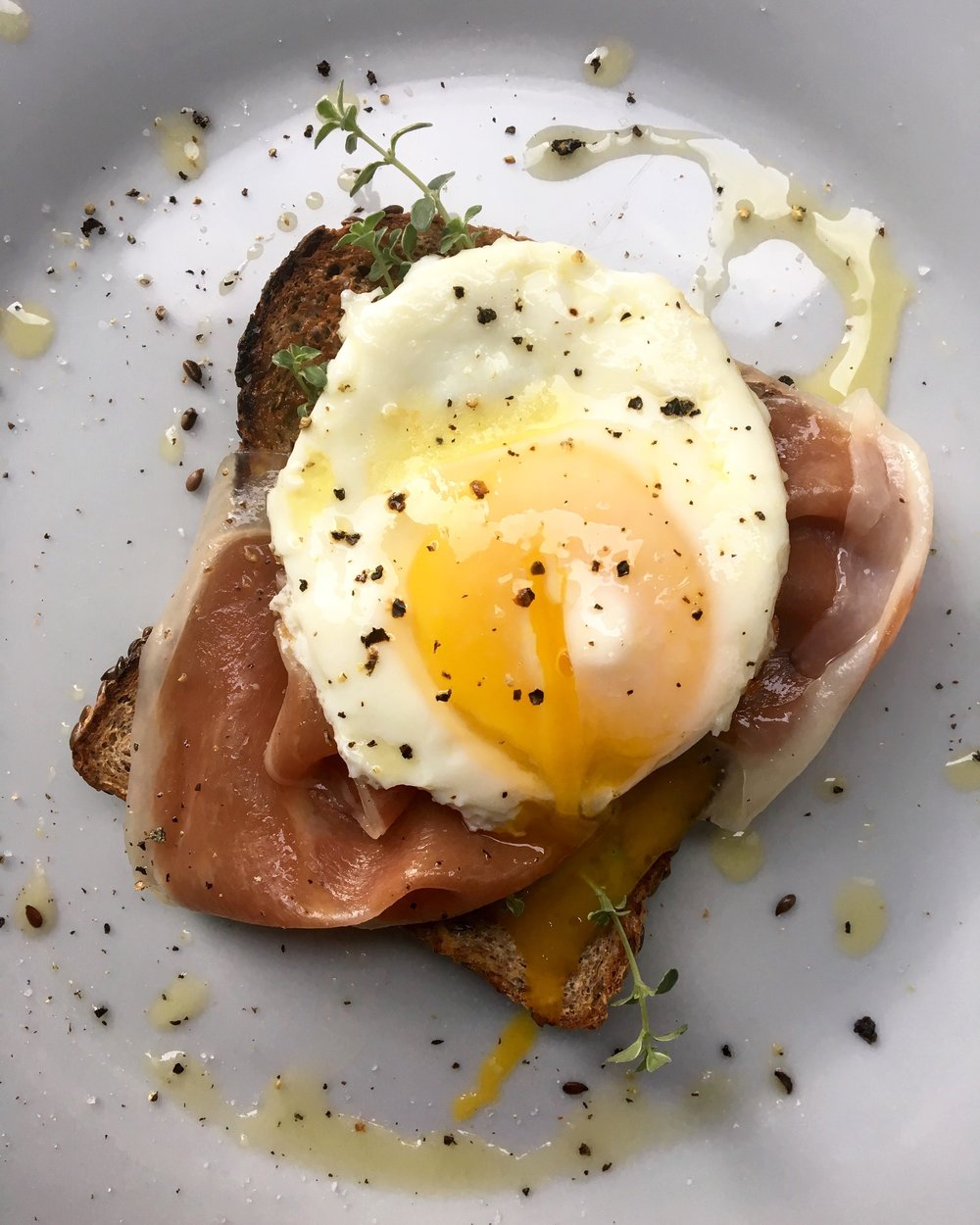 prosciutto toast with fried egg