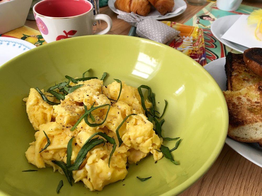 (Slow) Scrambled Eggs