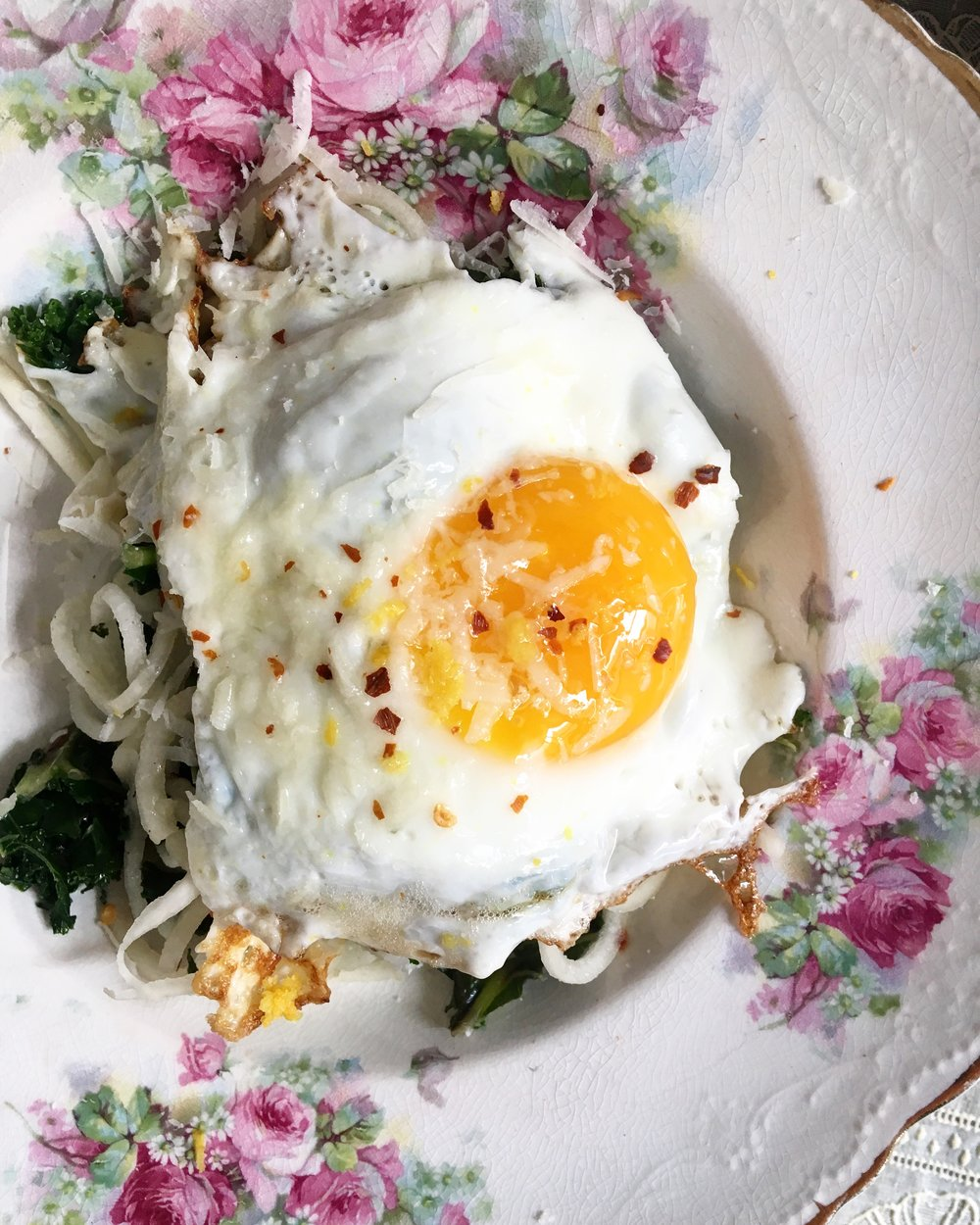 12 Minute Meal: A Sunday Lunch of Turnip / Kale / Fried Egg