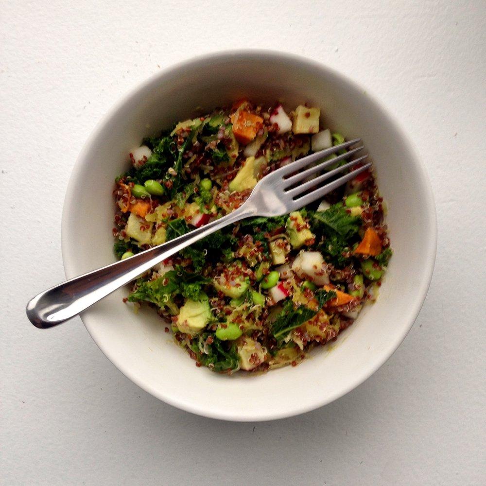 rainbow quinoa bowl.jpg