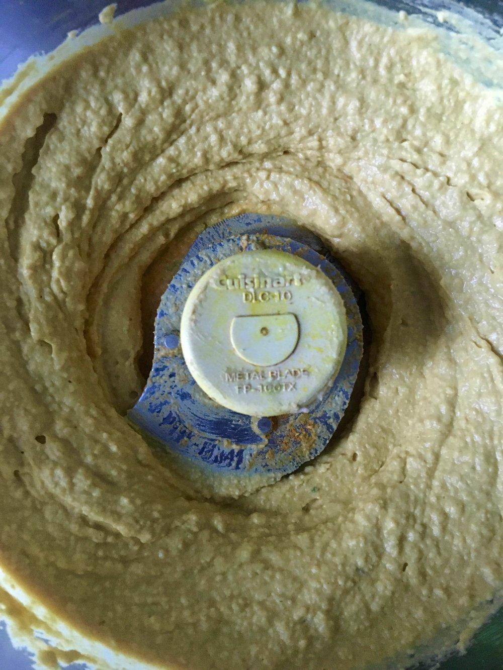 turmeric hummus.jpg