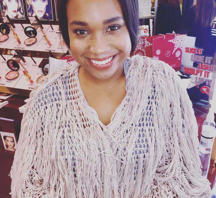 Kayla Grey - makeup application