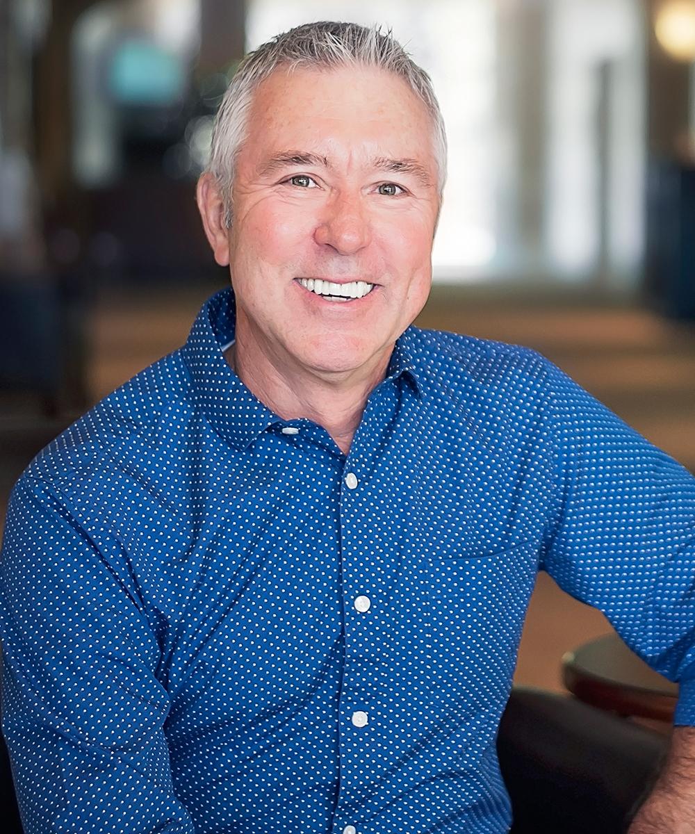 Dennis Austin    Associate Pastor