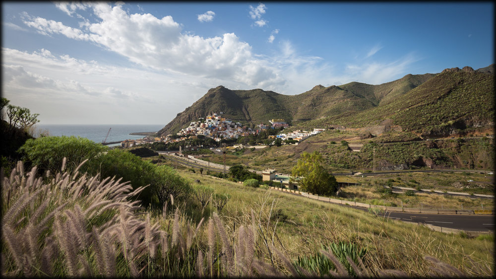Landscape: Colorful village San Andrés.