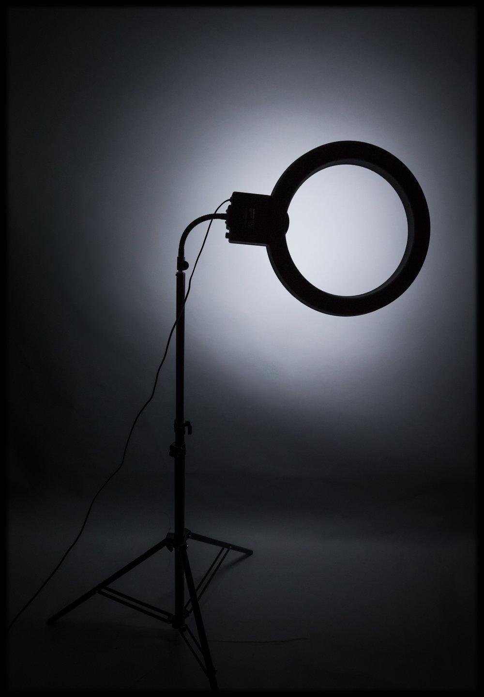 Light Setup: Walimex Ringlight 65W