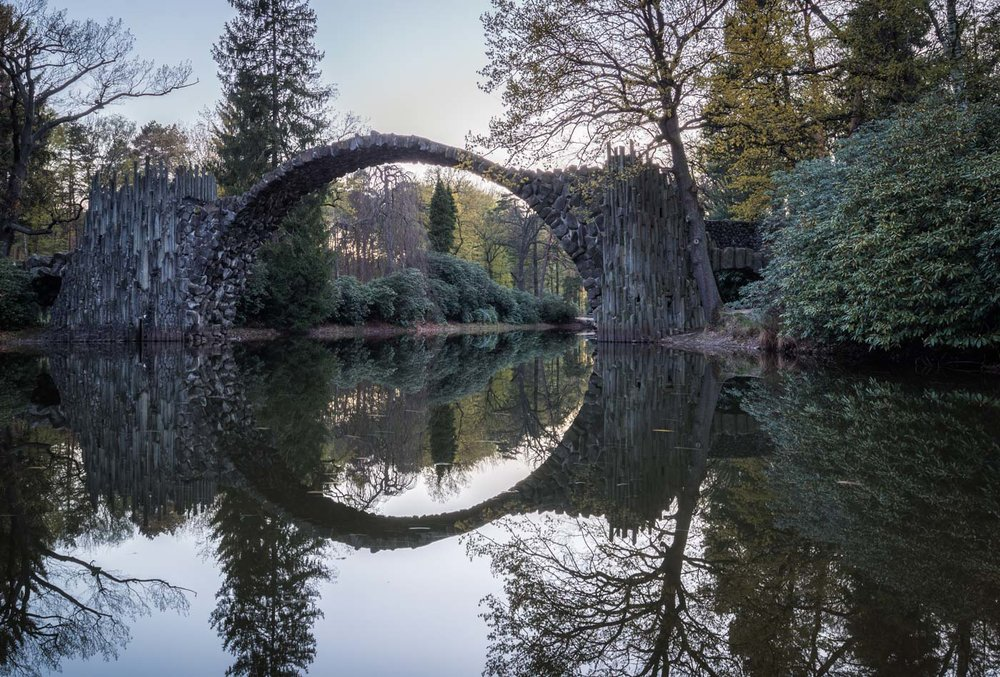 Not really spectacular in the first place: The historical Rakotz Bridge