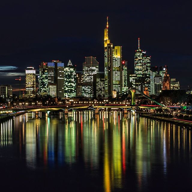 Home sweet home: the skyline of Frankfurt 🏙📷 #skyline #ffm #travel #home #frankfurt #hessen #germany #reflection #tower #skyscraper #longexposure #long_exposures  #photography #natgeo #natgeoyourshot #fstoppers #viewbugfeature #cityphoto #cityphotography #city #lights #main #bridge #cityscape #canon6d