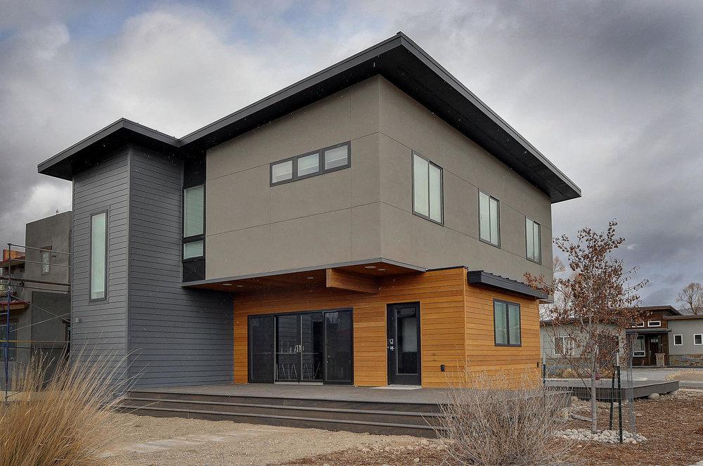Mountain Modern Home — DeLarue Building Co.