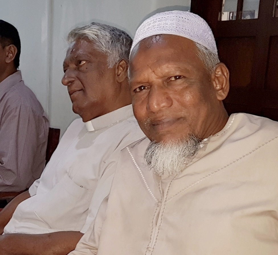 Christian and Muslim Clergy were among those attending OMNIA's Colombo Leadership Training Event