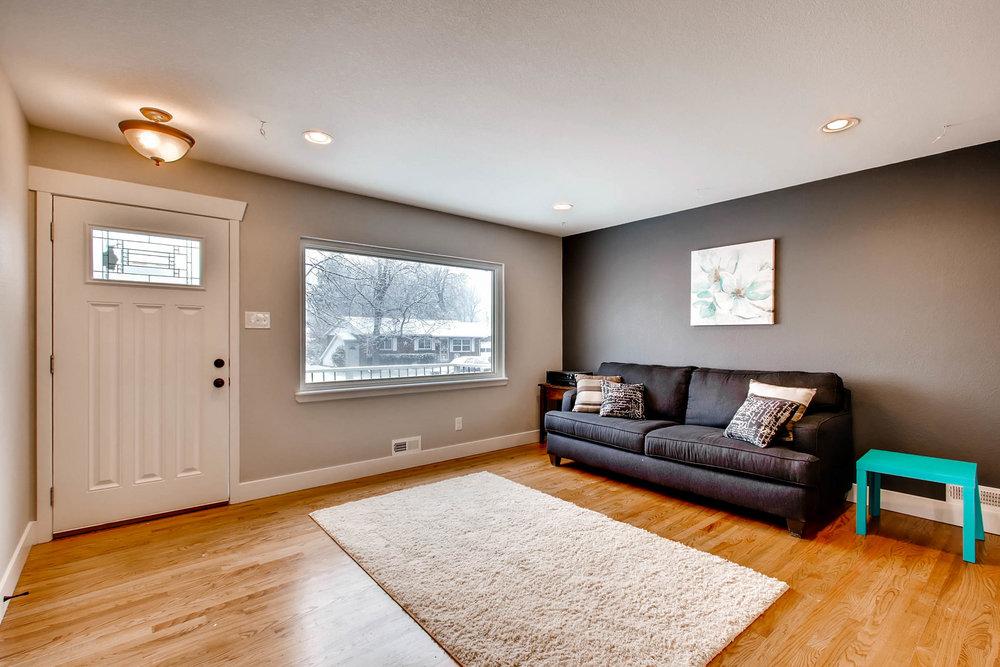 10751 W 69th Ave Arvada CO-print-002-34-Living Room-2700x1800-300dpi.jpg