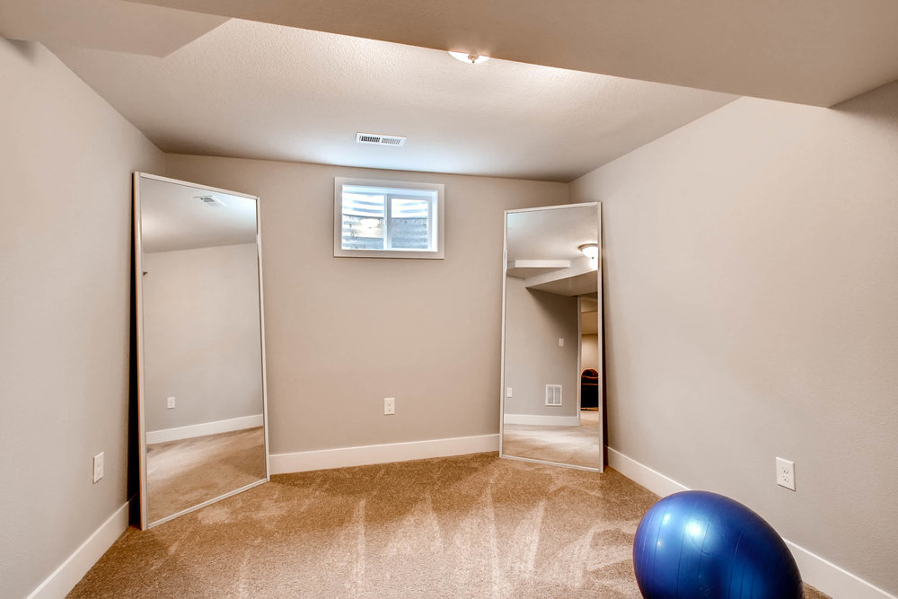 10751 W 69th Ave Arvada CO-print-011-30-Lower Level Bedroom-2700x1800-300dpi.jpg