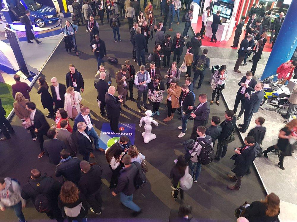 Robot The Trade Show Host