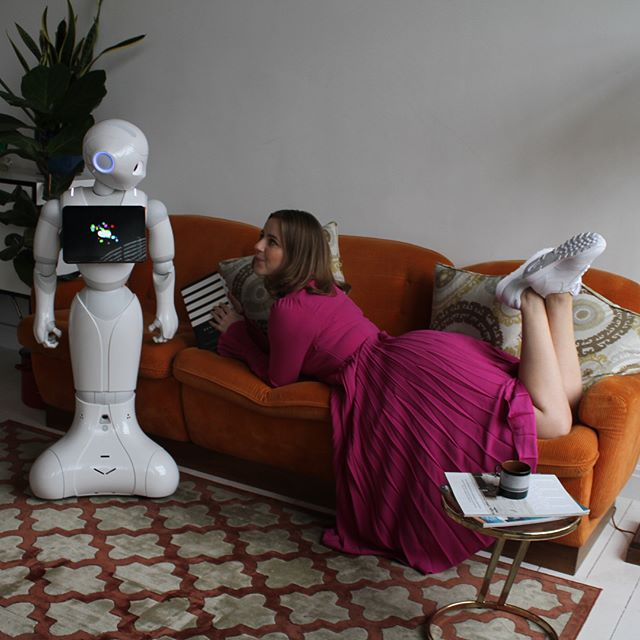 Pepper socialising with @alexliviajones on-set for issue 400; the robot takeover edition of @stylistmagazine #TheRobotTakeover #Issue400 #PepperRobot