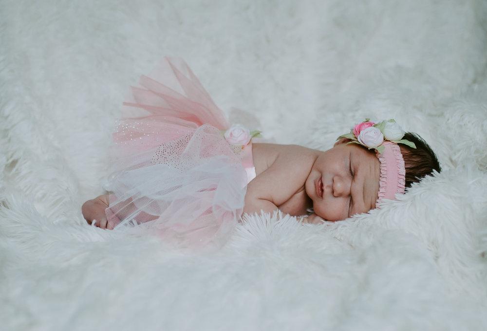 Baby Evey (1 of 1)-56.jpg
