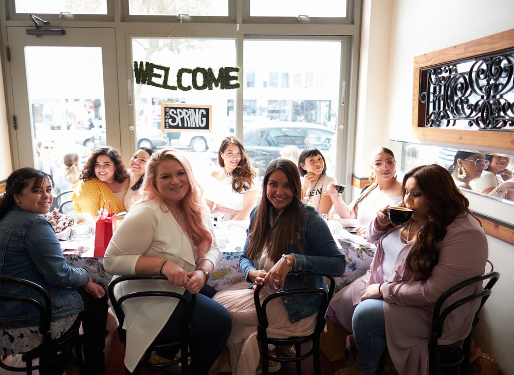 From back to front (and right to left): Me,  @youmeandfashion   @angiehilem   @thehellajam   @lagrandedelabanda   @theebeautybandit    @daphnepalomares   @katieiswinnen  @photographybyasmeen (Missing  @stayreddy  )-- Photograph by  @tonyshazam