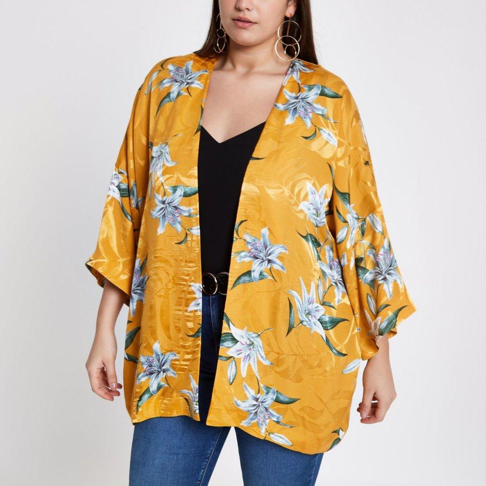yellow kimono.jpeg