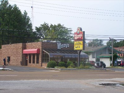 Wendy's - 308 University St, Martin, TN 38237