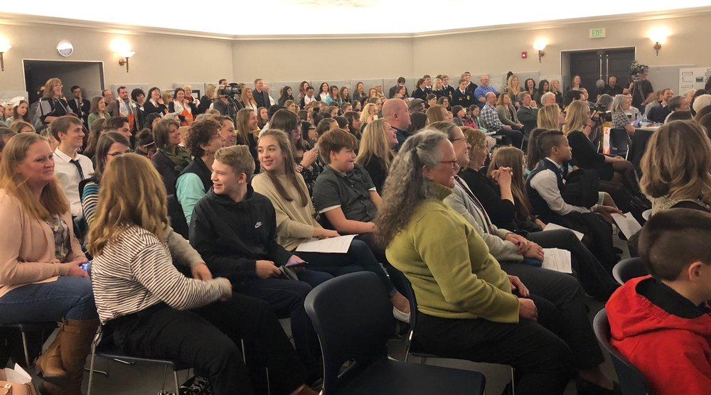 Students from Reardon, Chewelah, Ellensburg, Olympia, Auburn, Tacoma and Shelton present their Climate Science Projects at the Washington Capitol in Olympia. Governor Inslee met and encouraged students to keep working for a healthy environment.