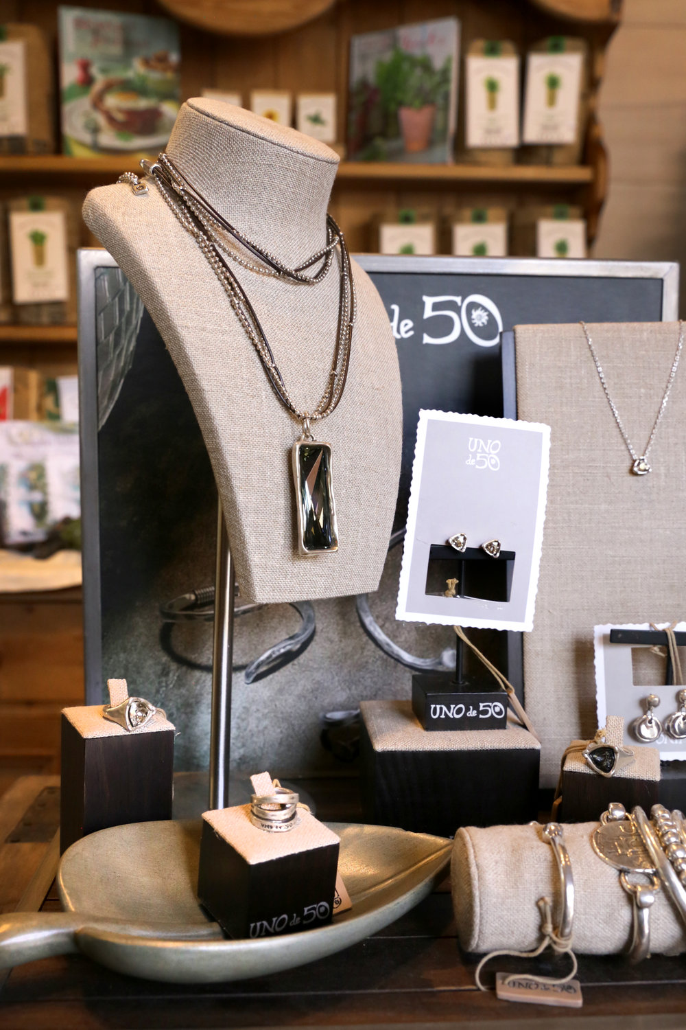 Uno de 50 Jewelry Collection at Wildflowers at the Lake