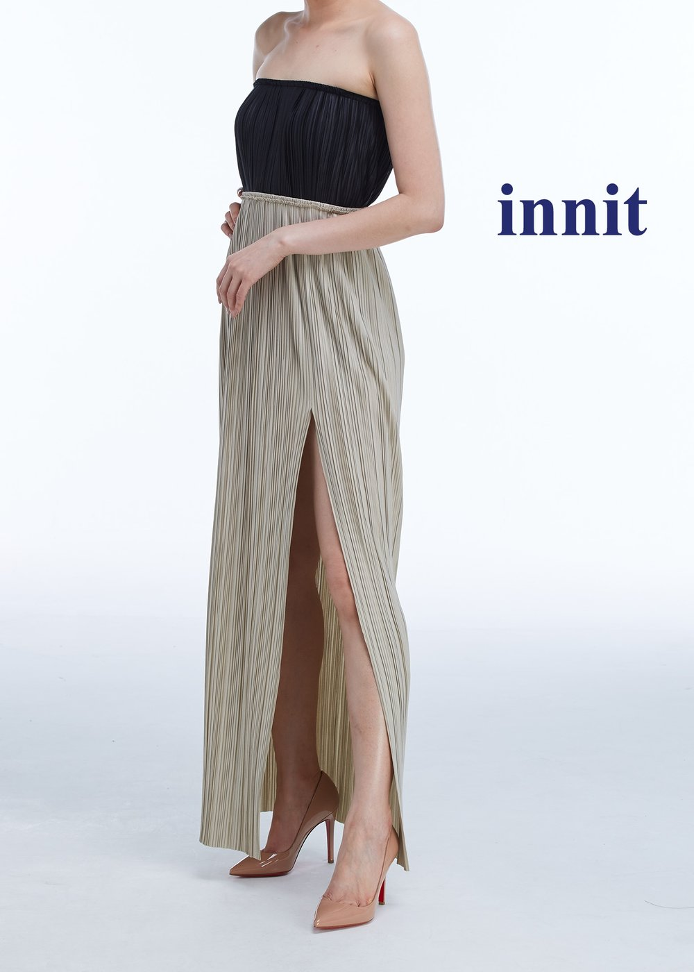 SLIT SKIRT   Pleated Skirt  worn as a top