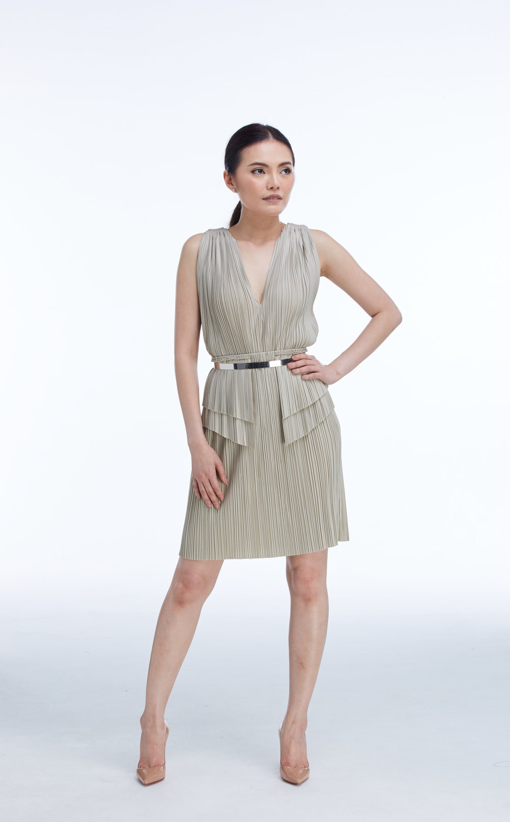 """AMBER TOP worn with  PLATE BELT  (SILVER) and  LOLITE SKIRT  20"""""""