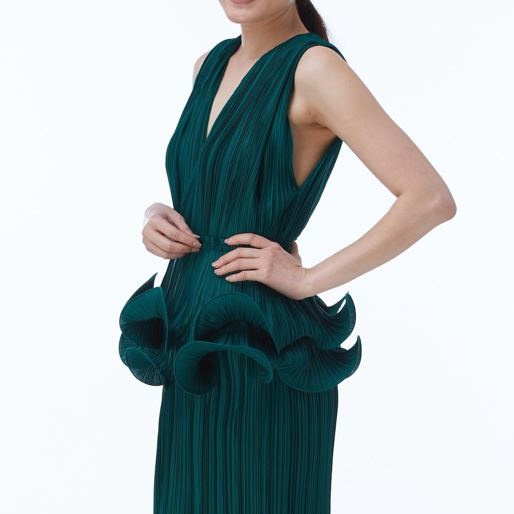 CURL BELT in Emerald, worn with AMBER DRESS