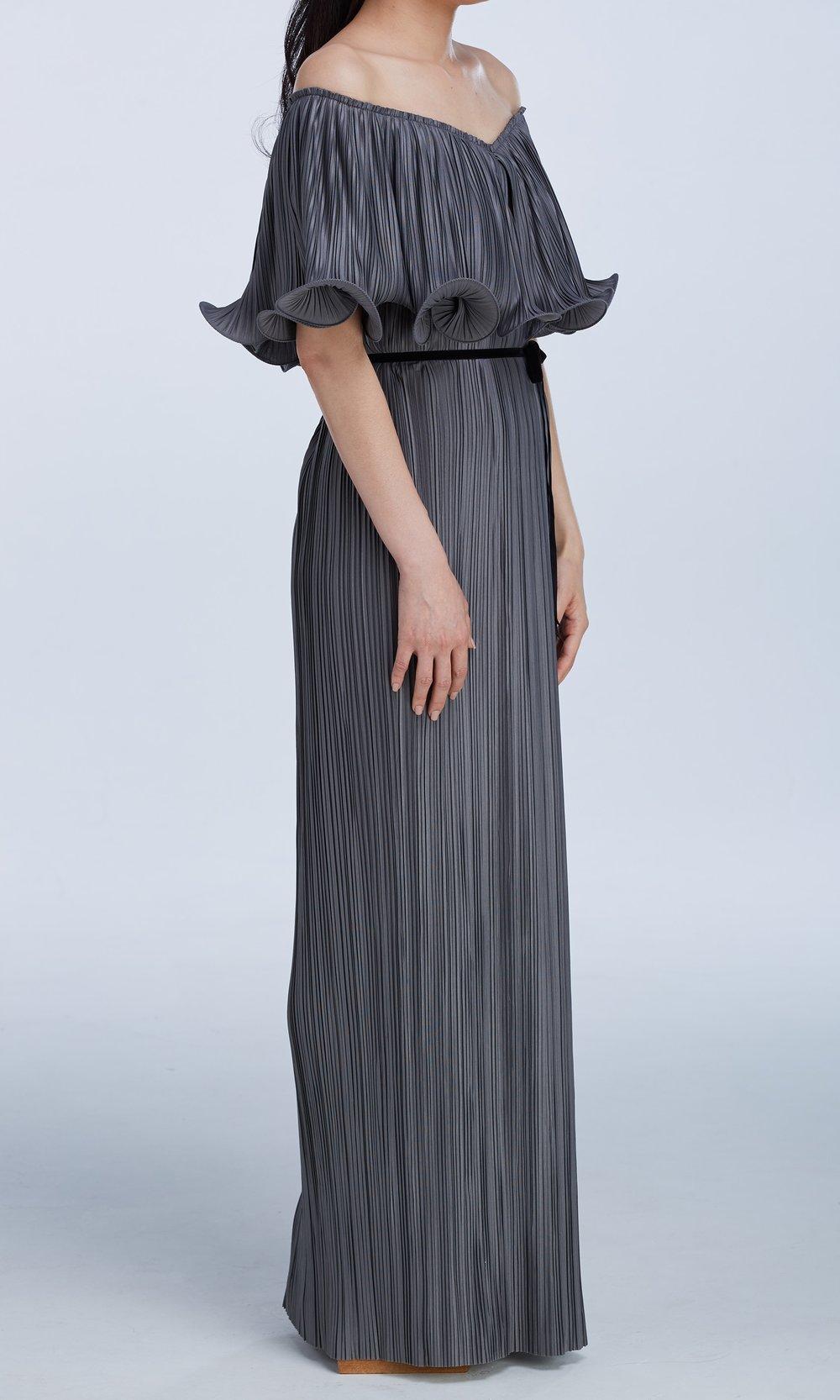 Signature Dress Single Curl