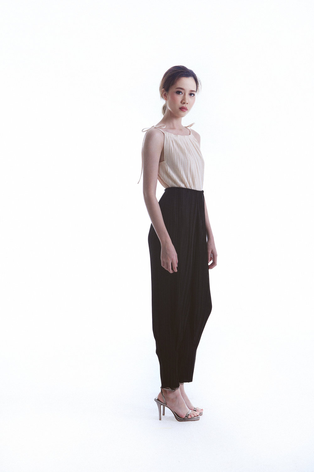 Sim Top worn with Laid Pants