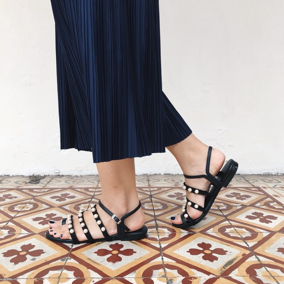 Pleats&Pearls Sandals BLACK
