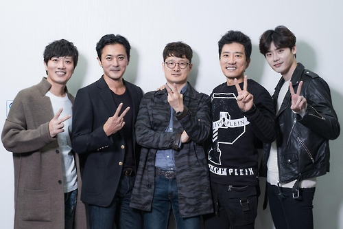 This undated photo provided by film distributor Warner Brothers Korea shows, from left to right, Park Hee-soon, Jang Dong-gun, Park Hoon-jung, Kim Myung-min and Lee Jong-suk. (Yonhap)