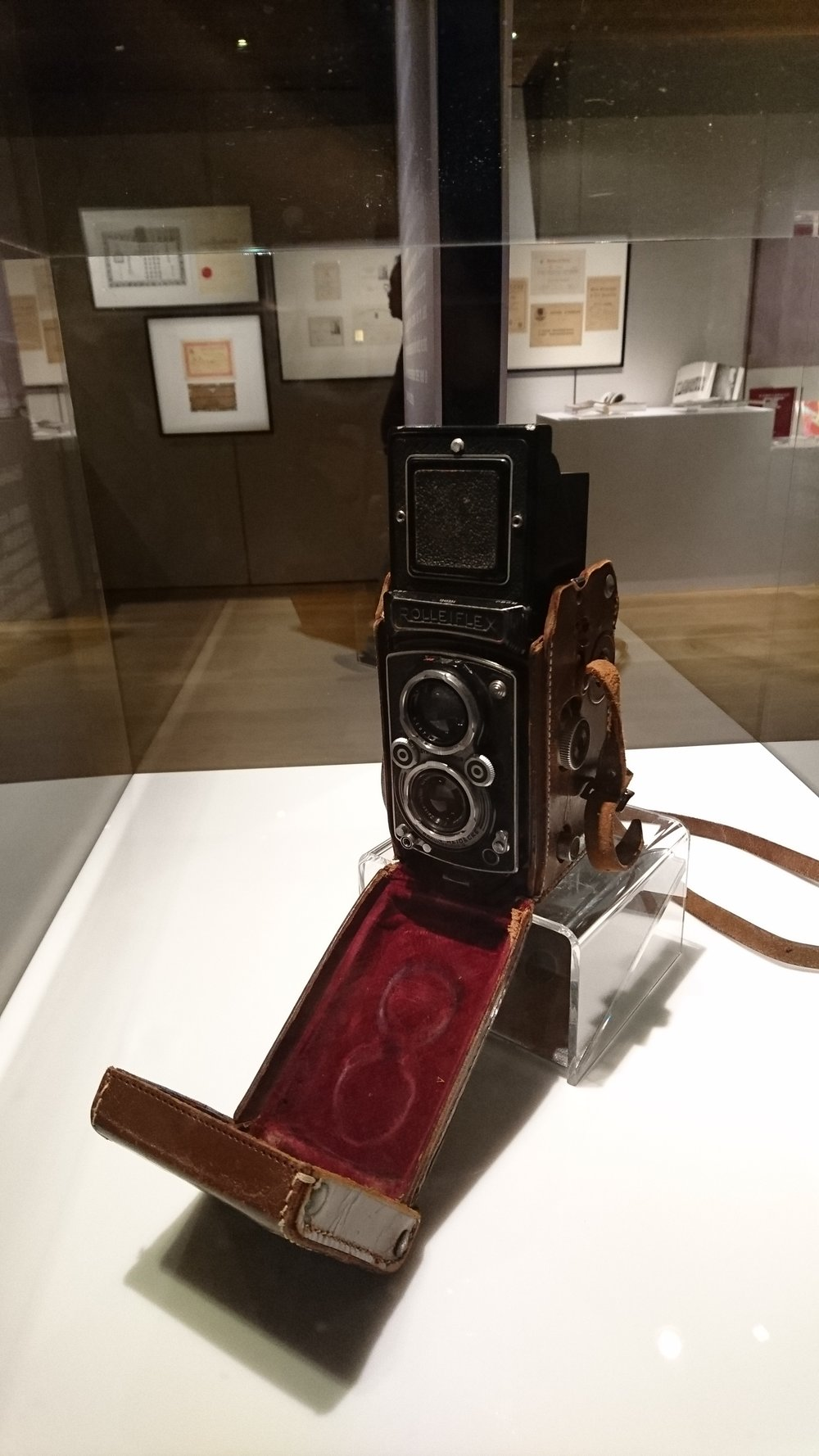 Rolleiflex camera used by Mr. Fan Ho for his award winning photographs