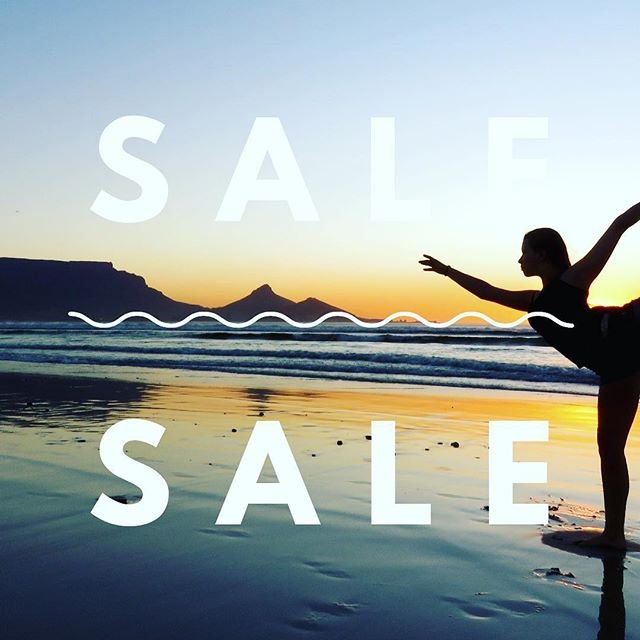 SALE time 🎄🎄🎄Christmas has come early. We are having a huge sale on all YogaPaws products. Up to 50% off !! Check out the YogaPaws Australia website 🐾🐾🐾 #Beingstrongismuchmorethanphysicalstrength@rayleigh_yoga😍💖💪💪🙏🙏 #xmasspecial #infinitystrap #infinitybrik #yogapaws #yogapawsaus🐾 #wearyourmat #yogablocks #brik #doyogaanywhere #doyogaeverywhere #yogafit #yogainspiration #yogalife #yogaeverydamnday #yogaoutside #yogamom #strongwomen #stretch #practiceandalliscoming #practicemakesperfect #weekendyoga #namaste #wecandoit #lotuspose #peacockpose