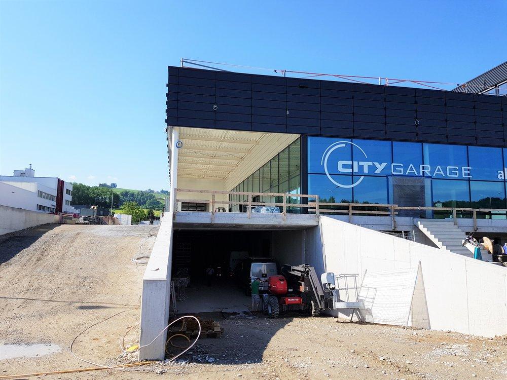 City_Garage_00.jpg