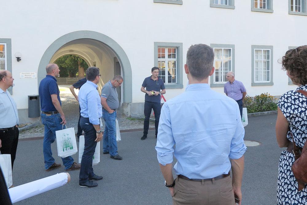 Erläuterungen von Marc Dosch, Verwaltungsdirektor und Assistent des Abts