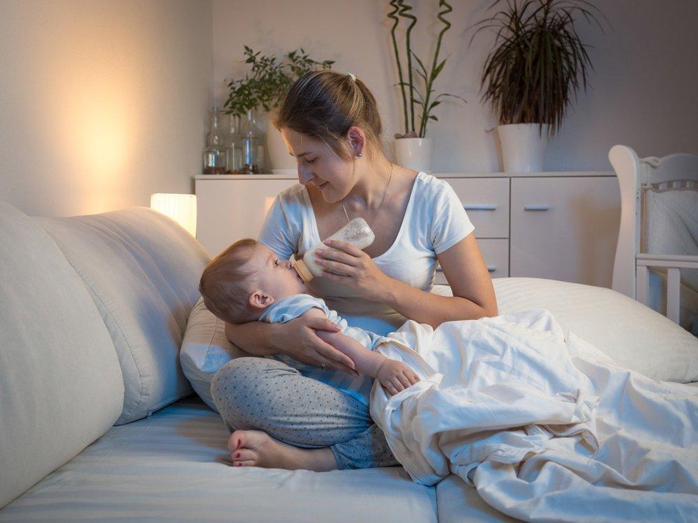 mother-child-bottle-feeding.jpg