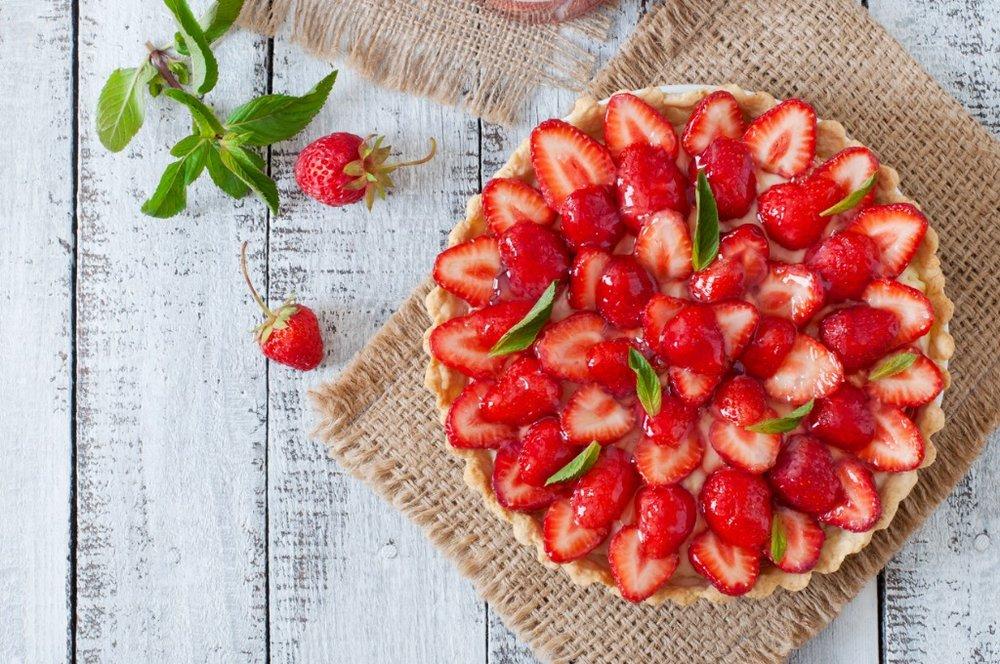 Easy Homemade Strawberry Cake Recipe For Any Celebration