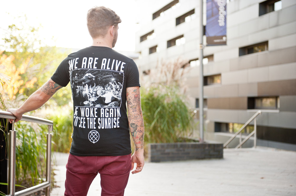 "BURY TOMORROW ""OF GLORY"" TEE - PHOTOGRAPHY"