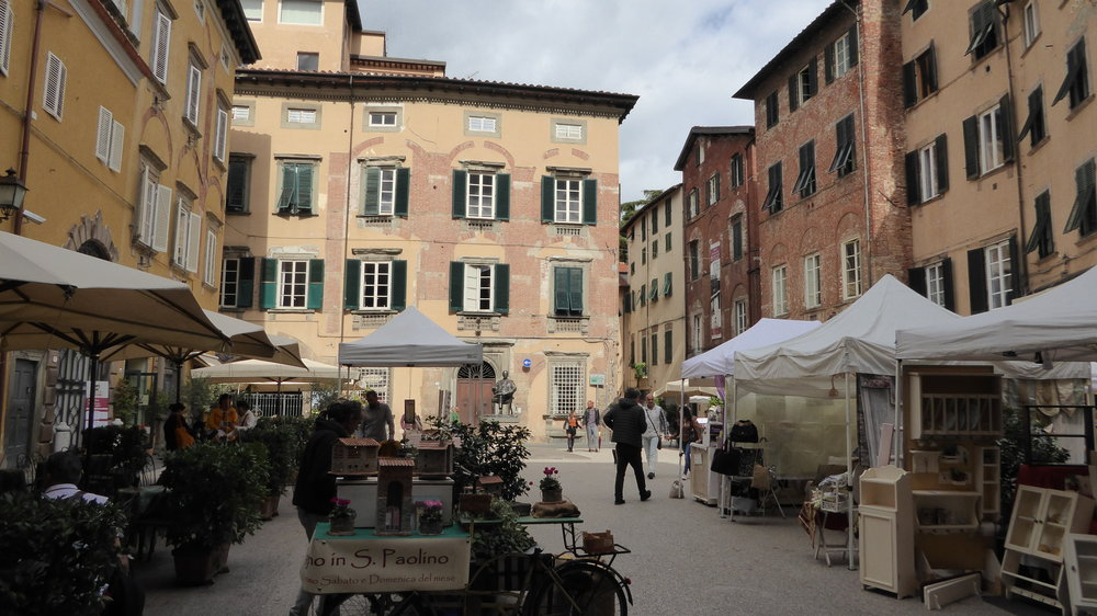A beautiful market in Lucca