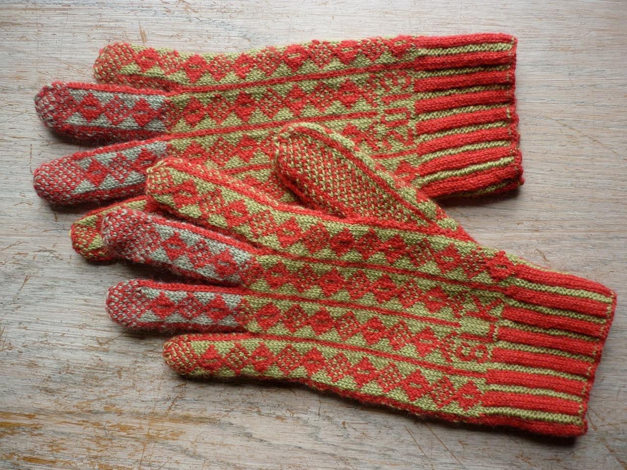 Steve glove