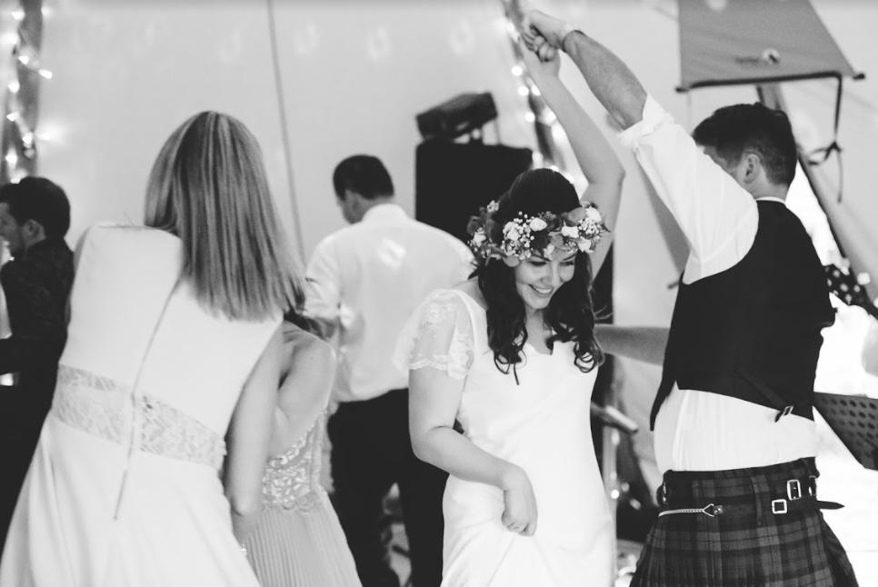charlie-brear-friday-bride-tess-scott-13.png