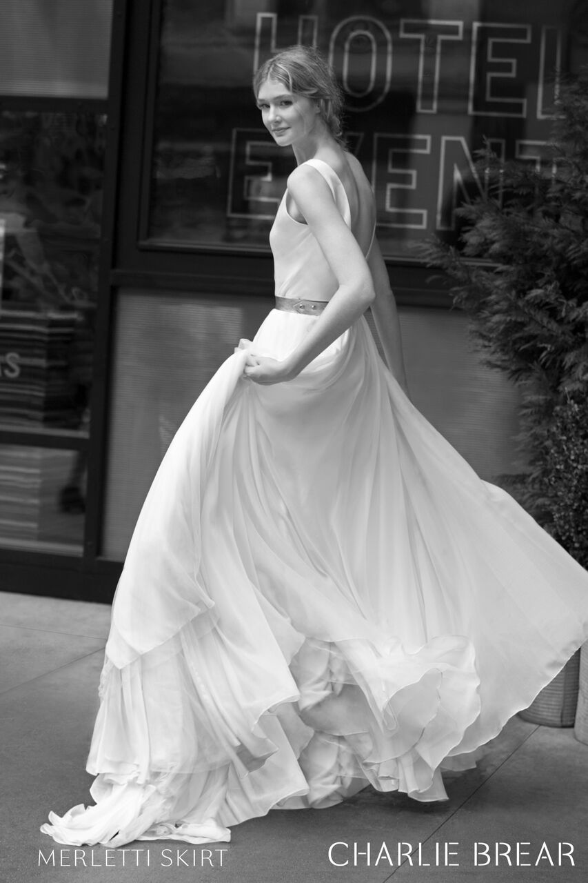 charlie-brear-wedding-dress-merletti-skirt_preview.jpg