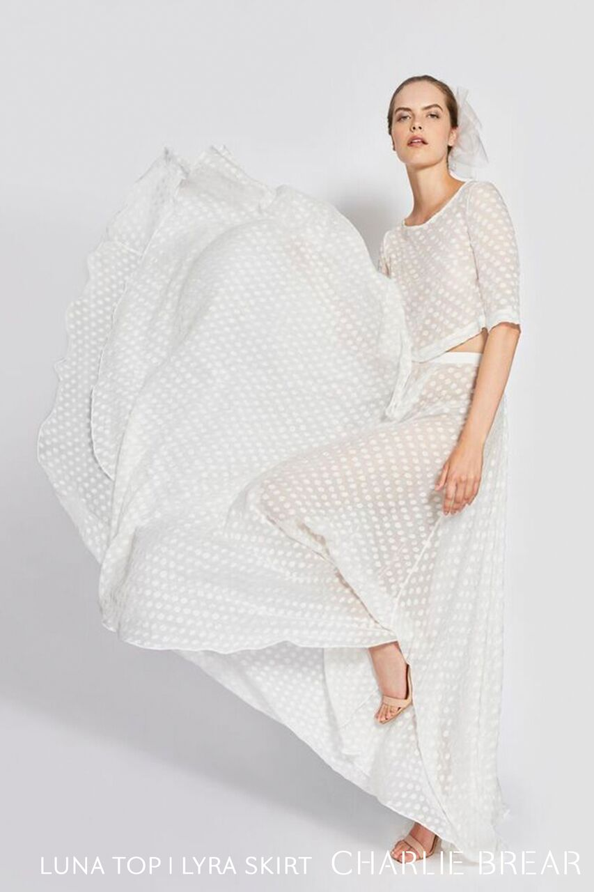 2019-charlie-brear-wedding-dress-lyra-oskt.26_LOGO_preview.jpg